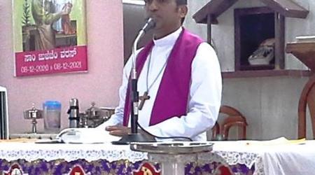 ವಾರ್ಷಿಕ್ (ಕರೆಜ್ಮಾಚಿ) ರೆತಿರ್